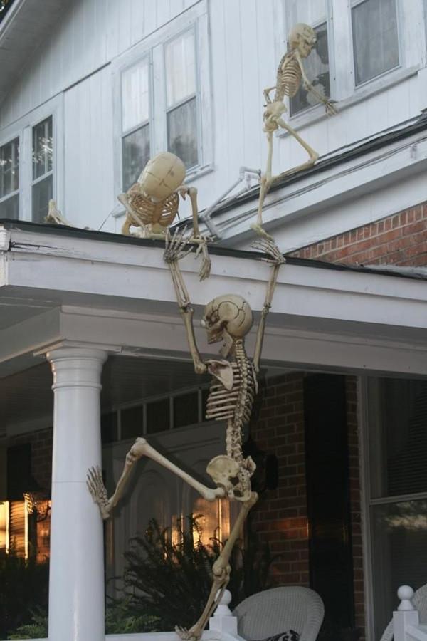 Creepy Outdoor Halloween Decorations  25 Scary Halloween Decorations Ideas MagMent
