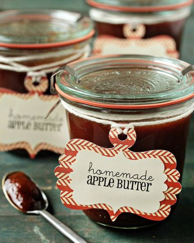 Cute DIY Christmas Gifts  Gifts in a Jar Last Minute Gifts in a Jar Ideas