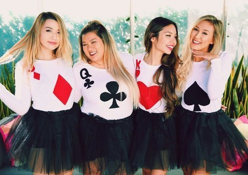Deck Of Cards Halloween Costumes  16 Amazing Group Halloween Costume Ideas