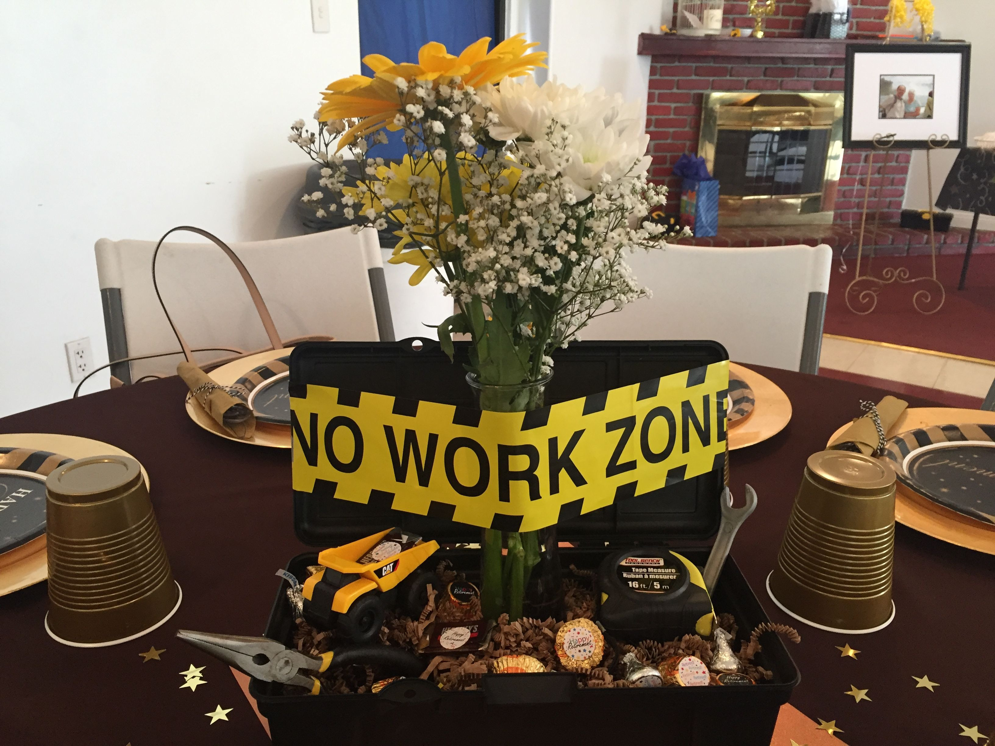 Decoration Ideas For Retirement Party  I couldn t find a retirement party centerpiece for a
