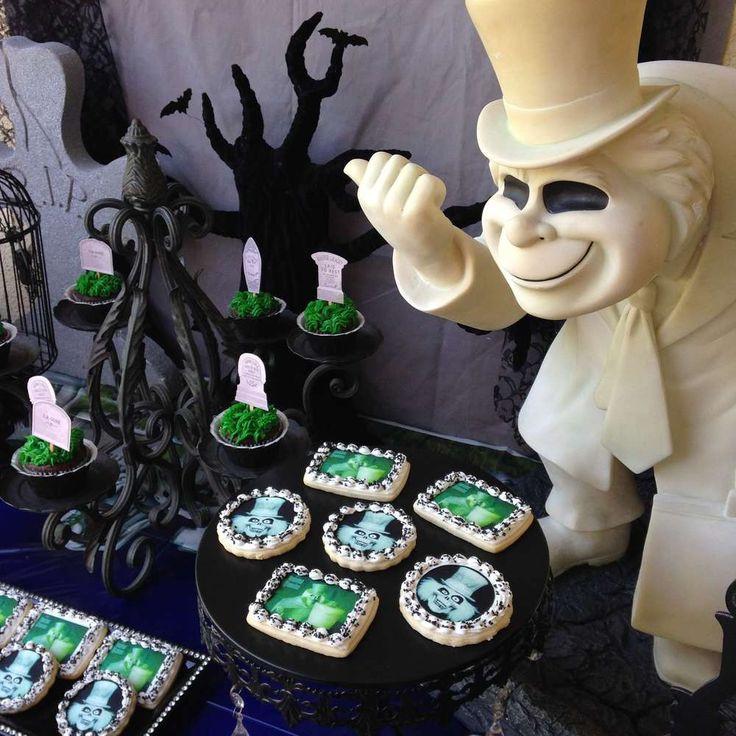 Disney Halloween Party Ideas  61 best Haunted Mansion Wedding images on Pinterest