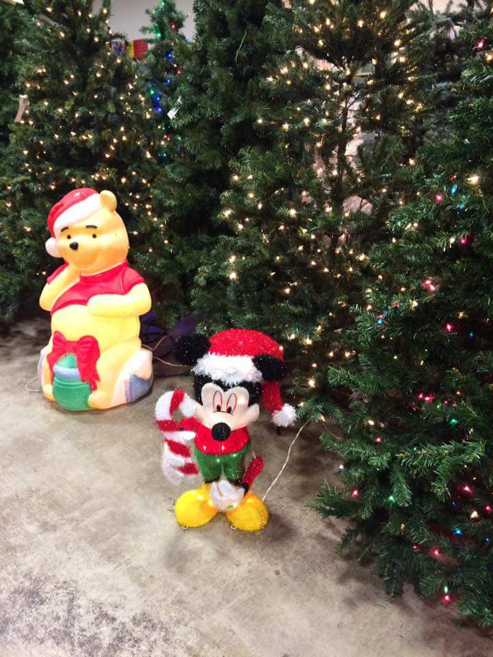 Disney Outdoor Christmas Decorations  60 Mind Blowing Disney Christmas Ornaments to Give Your