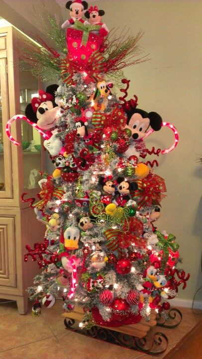 Disney Outdoor Christmas Decorations  Disney Christmas Yard Decorations WoodWorking Projects