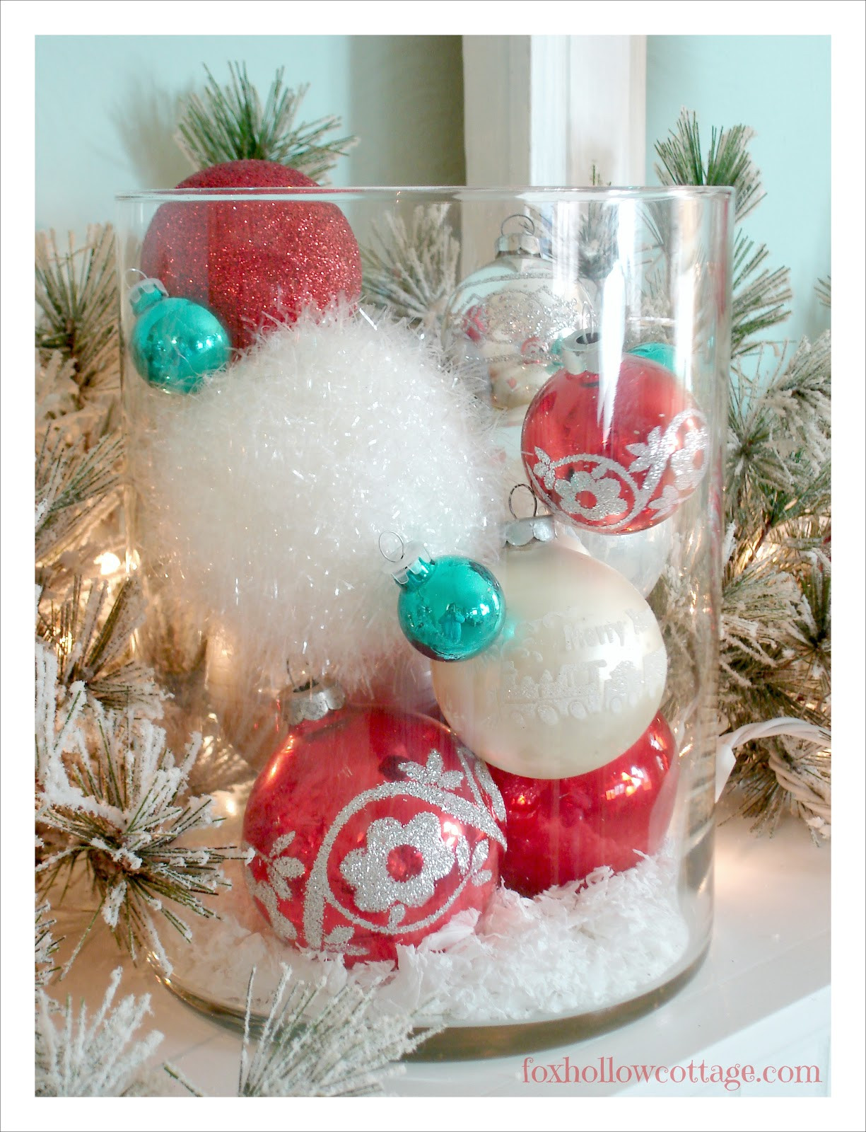 DIY Christmas Decorations  10 Quick Ideas For Decorating With Christmas Ornaments