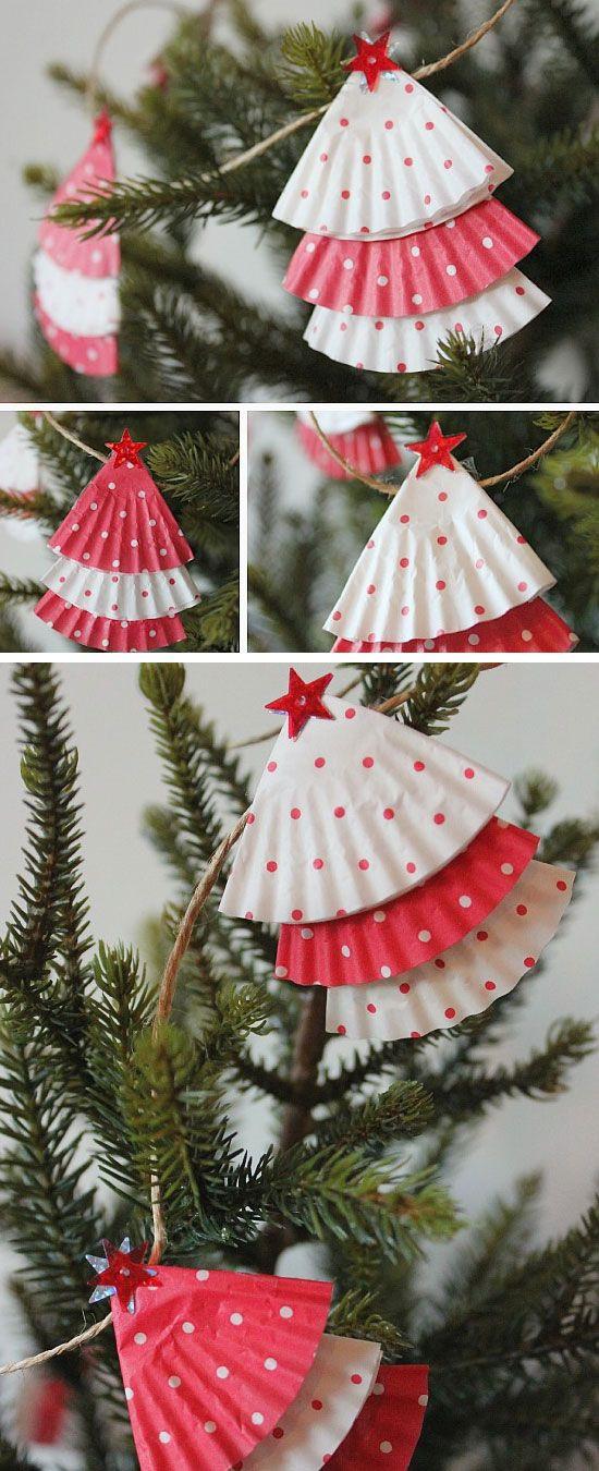 DIY Christmas Garland Ideas  25 best ideas about Christmas Garlands on Pinterest
