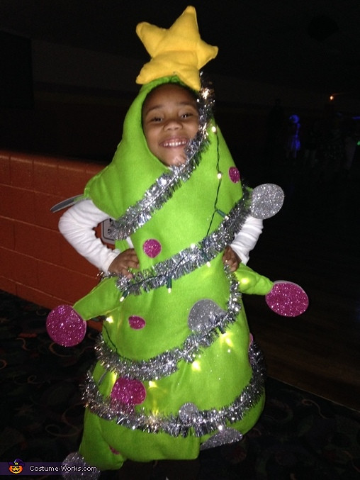 DIY Christmas Tree Costumes  DIY Christmas Tree Costume