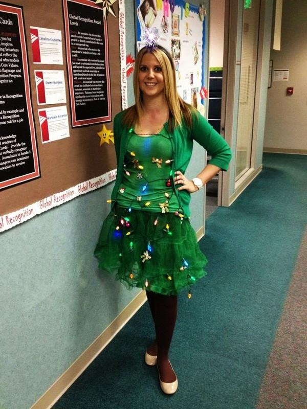 DIY Christmas Tree Costumes  Beautiful Christmas Costume Ideas 35 Outfts