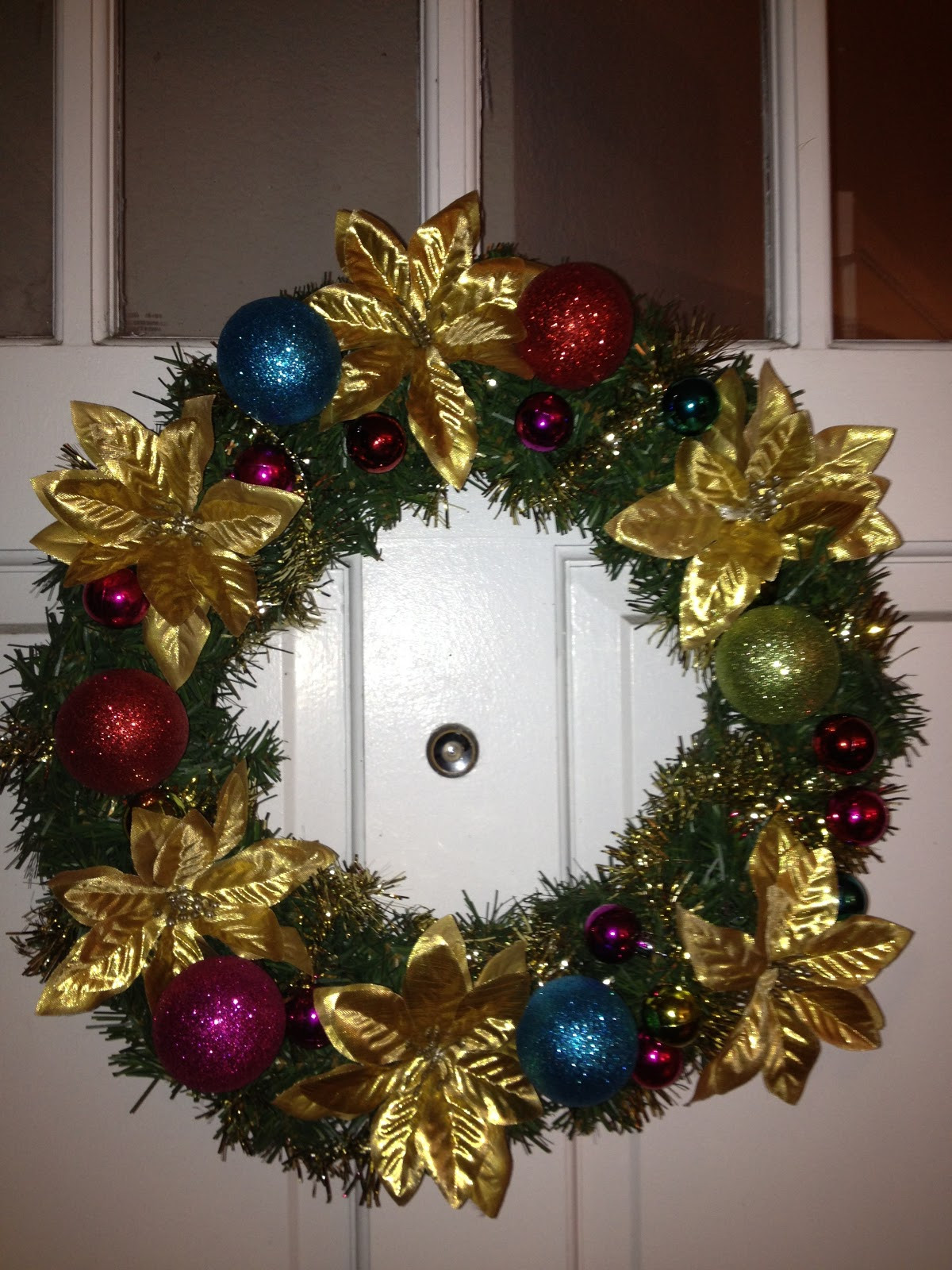 DIY Christmas Wreath Ideas  DIY Christmas Wreaths $5 Project Decorating and Craft