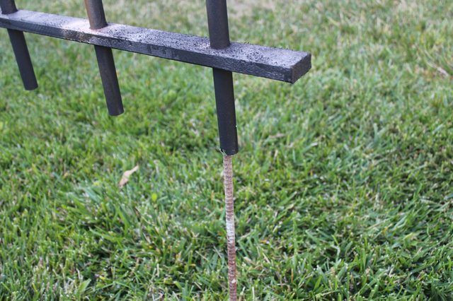 Diy Halloween Fence  How to Make a Cheap Cemetery Fence for Halloween