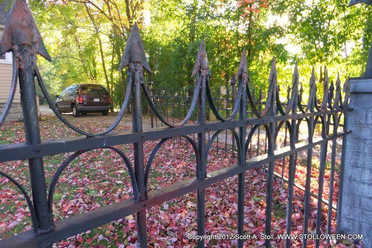 Diy Halloween Fence  Faux Wrought Iron Fence SOOOOO Cool