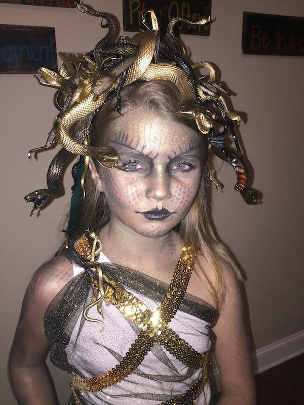DIY Medusa Costume  DIY Medusa Costume