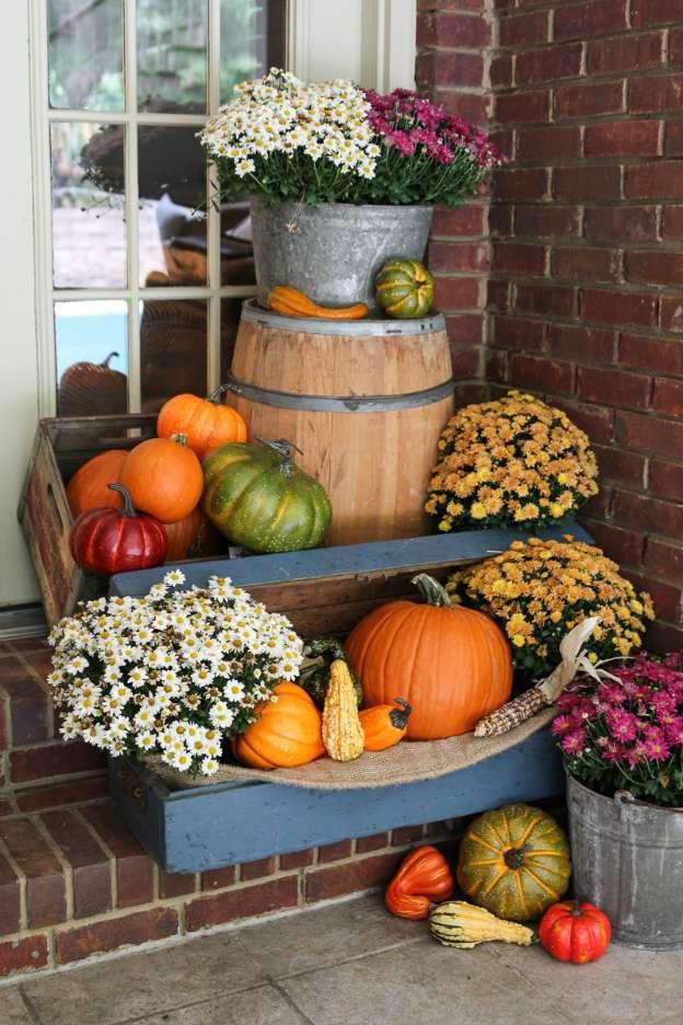 Diy Outdoor Fall Decor  DIY Fall Decorating Ideas