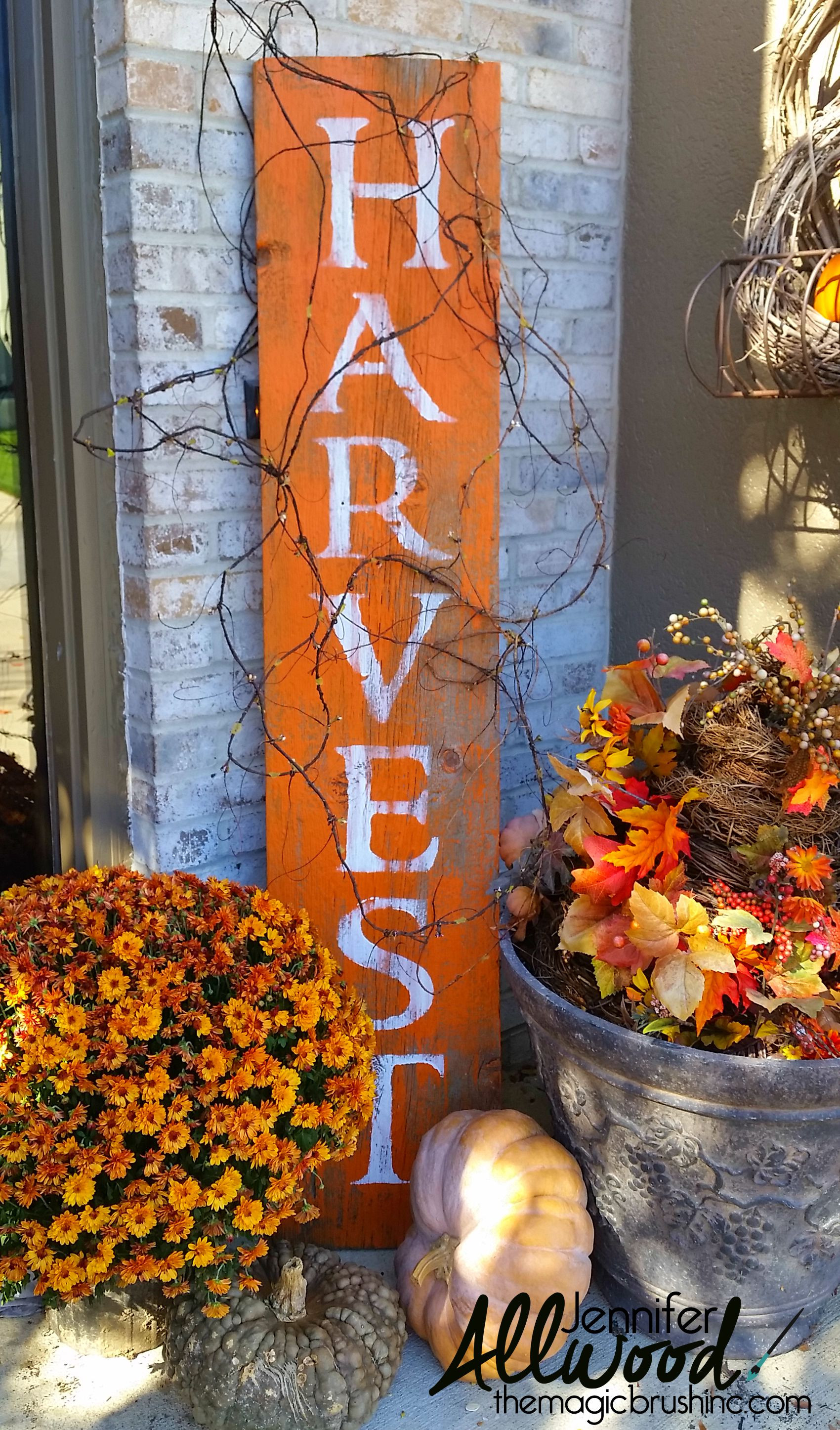 Diy Outdoor Fall Decor  Harvest Sign on Barnwood for Fall Front Porch Decor