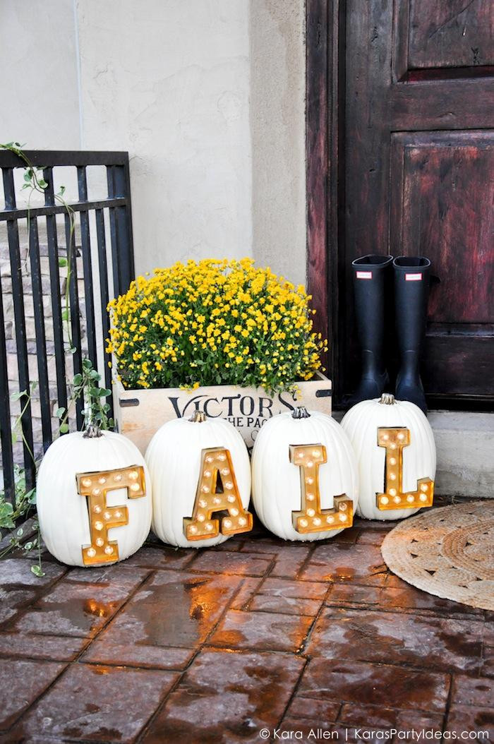 Diy Outdoor Fall Decor  7 DIY Marquee Letters And Signs For Fall And Holidays