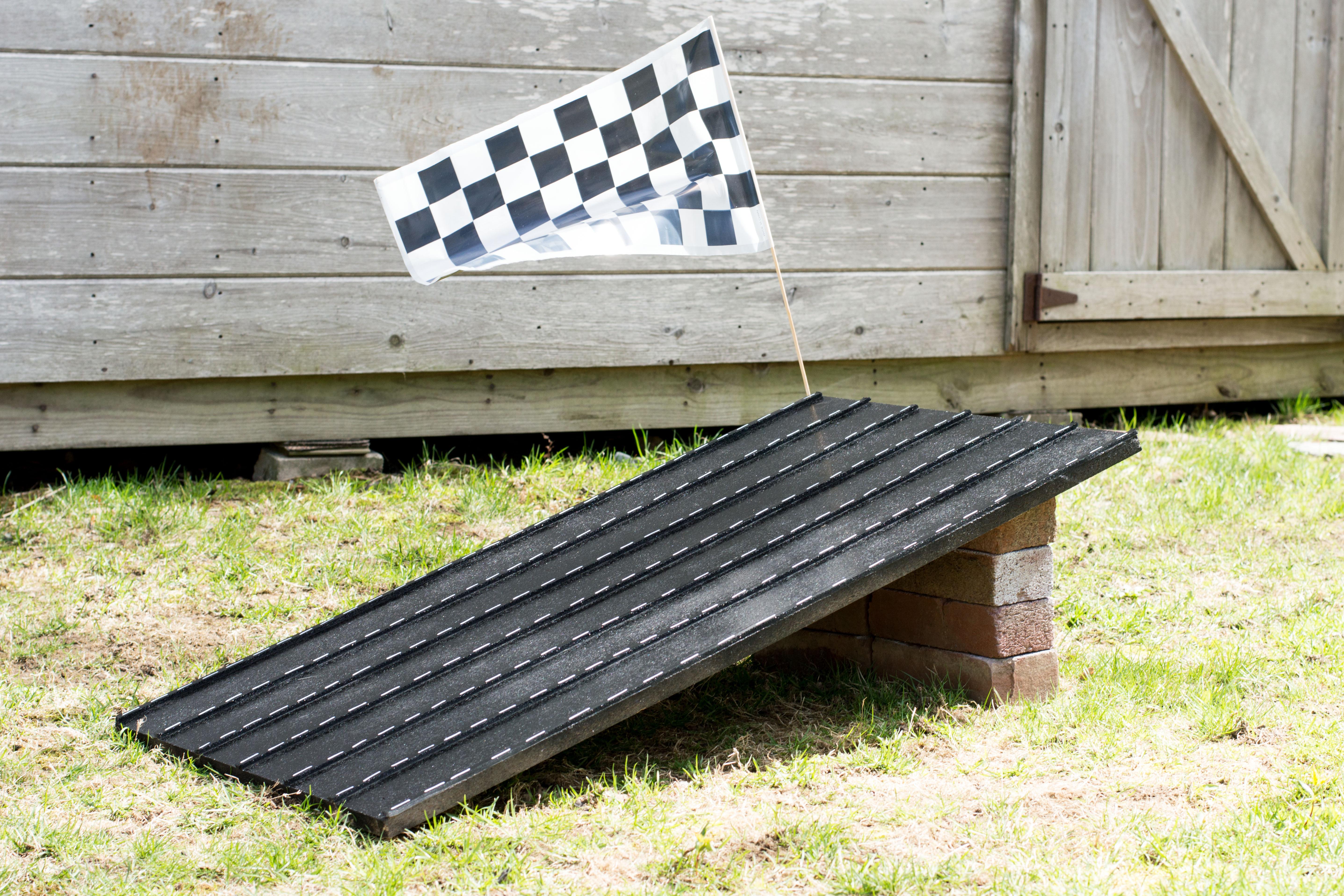DIY Race Track  DIY Race Track
