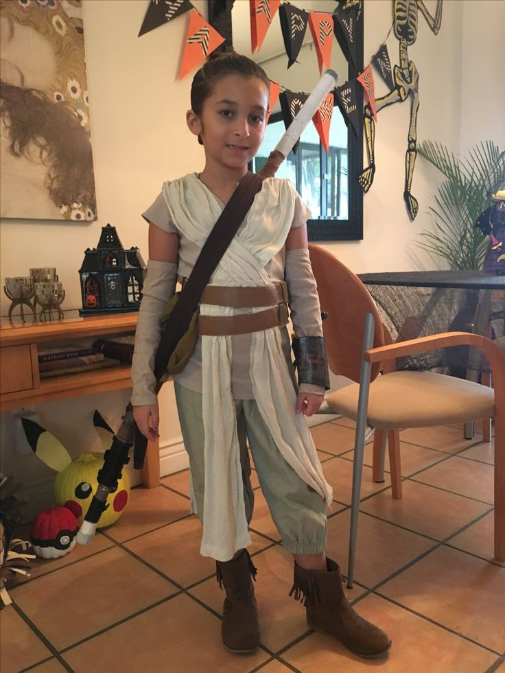 DIY Rey Costume  17 Best images about Halloween Cuties on Pinterest