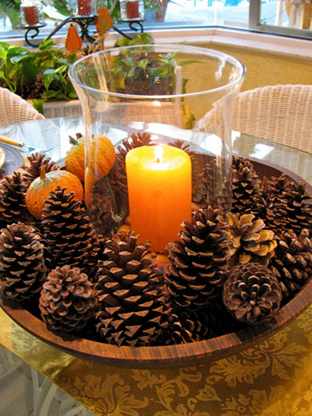 Diy Thanksgiving Table Decorations  10 Creative and Easy DIY Thanksgiving Decorations