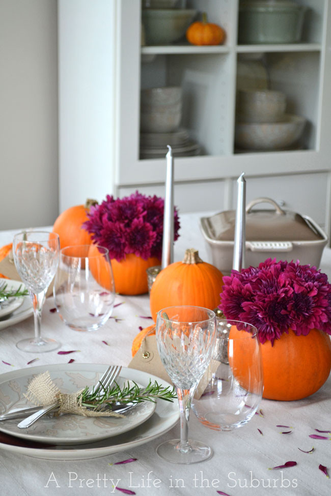 Easy Thanksgiving Table Decorations  Simple Ideas for a Thanksgiving Table Setting A Pretty