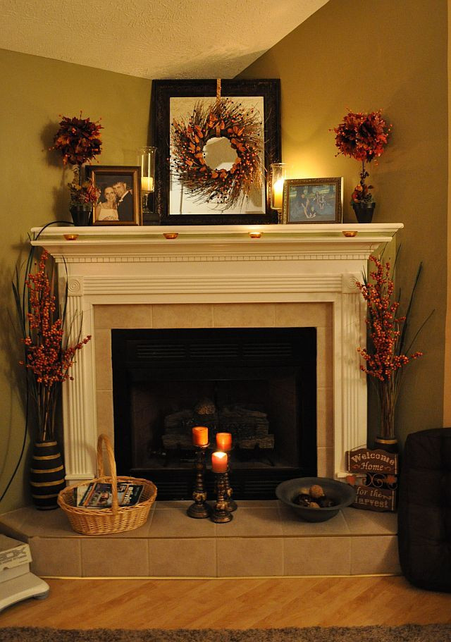 Fall Decor For Fireplace Mantel  25 best ideas about Fall Fireplace Decor on Pinterest