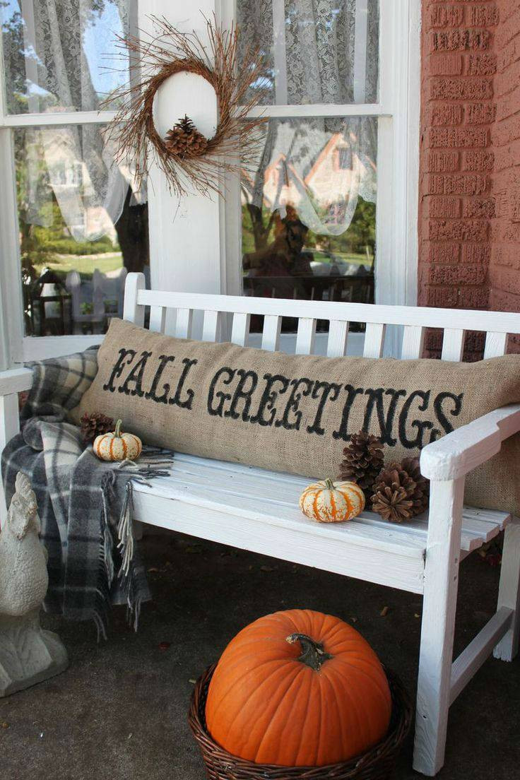 Fall Decorations Porch  13 Great Turkey Day Decorating Ideas for Your Front Porch