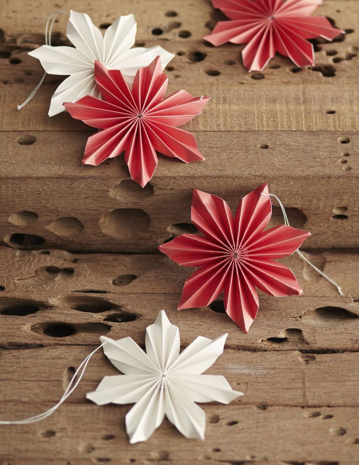 Flower Christmas Ornaments  Aly Dosdall day 15 pinterest finds