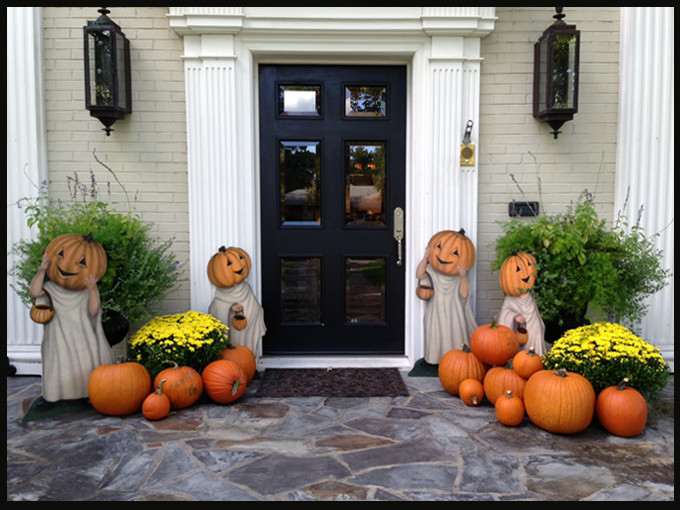 Front Porch Fall Decorating Pictures  How to decorate a front porch for Fall