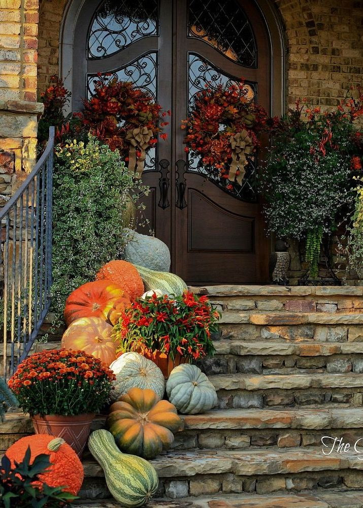 Front Porch Fall Decorating Pictures  Best 25 Fall front porches ideas on Pinterest