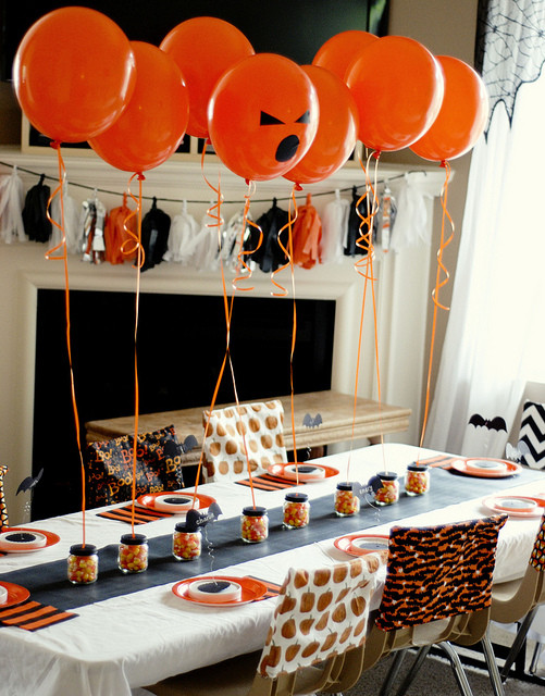 Funny Halloween Party Ideas  21 Funny & Cute Ideas For Halloween Table Decorations