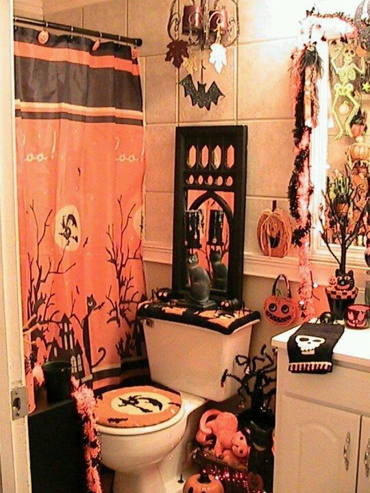 Halloween Bathroom Decor  Best 25 Halloween bathroom ideas on Pinterest