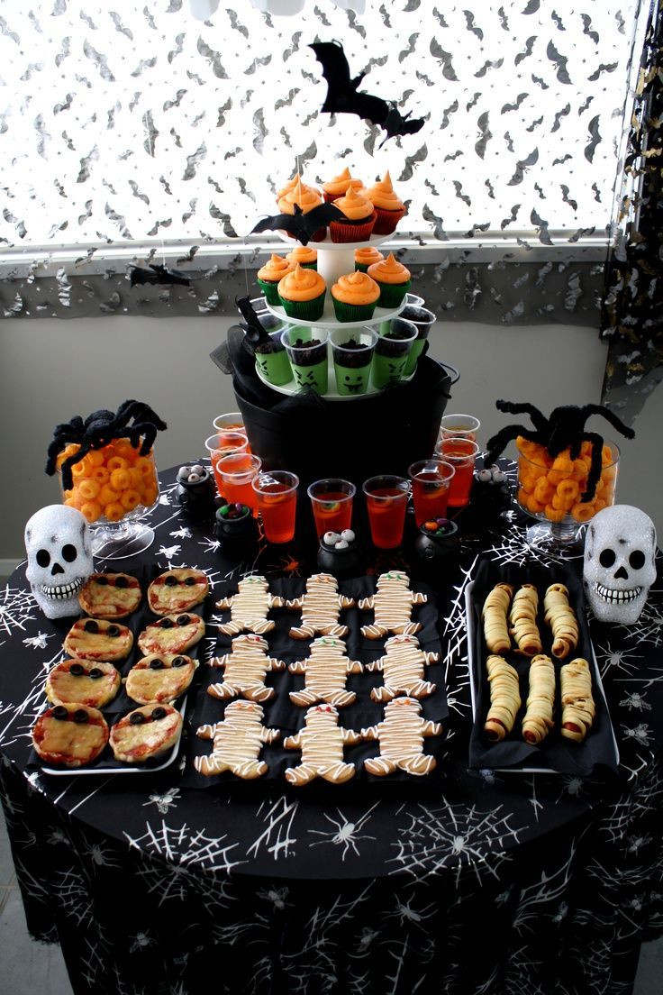 Halloween Food Ideas For Kids Party  1000 ideas about Halloween Buffet on Pinterest