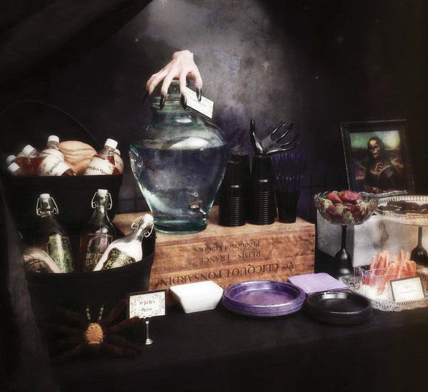 Halloween Party Decorations Ideas For Adults  30 SPOOKY HALLOWEEN PARTY IDEAS Godfather Style