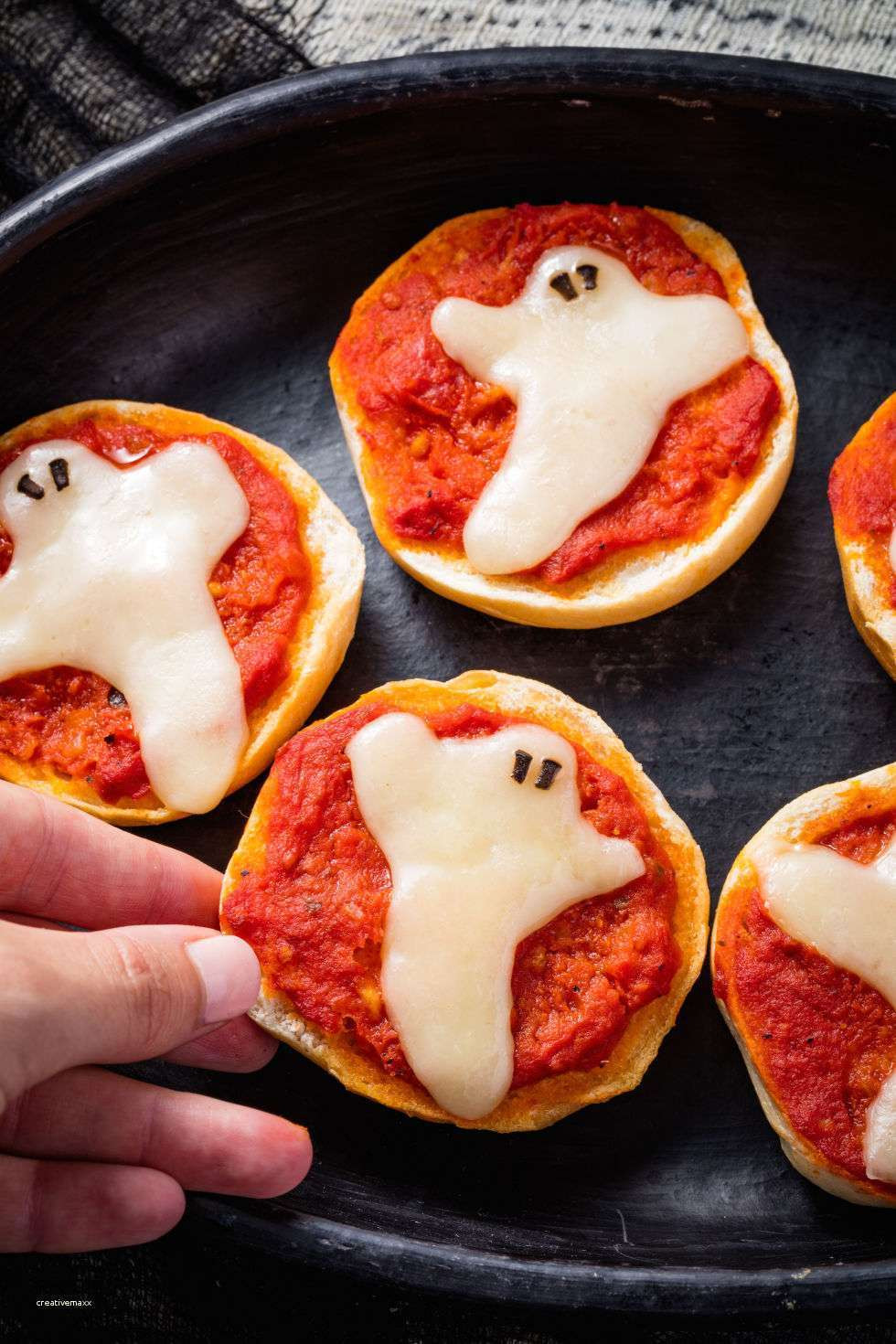 Halloween Party Menu Ideas For Adults  Inspirational Halloween Party Food Table Ideas Creative