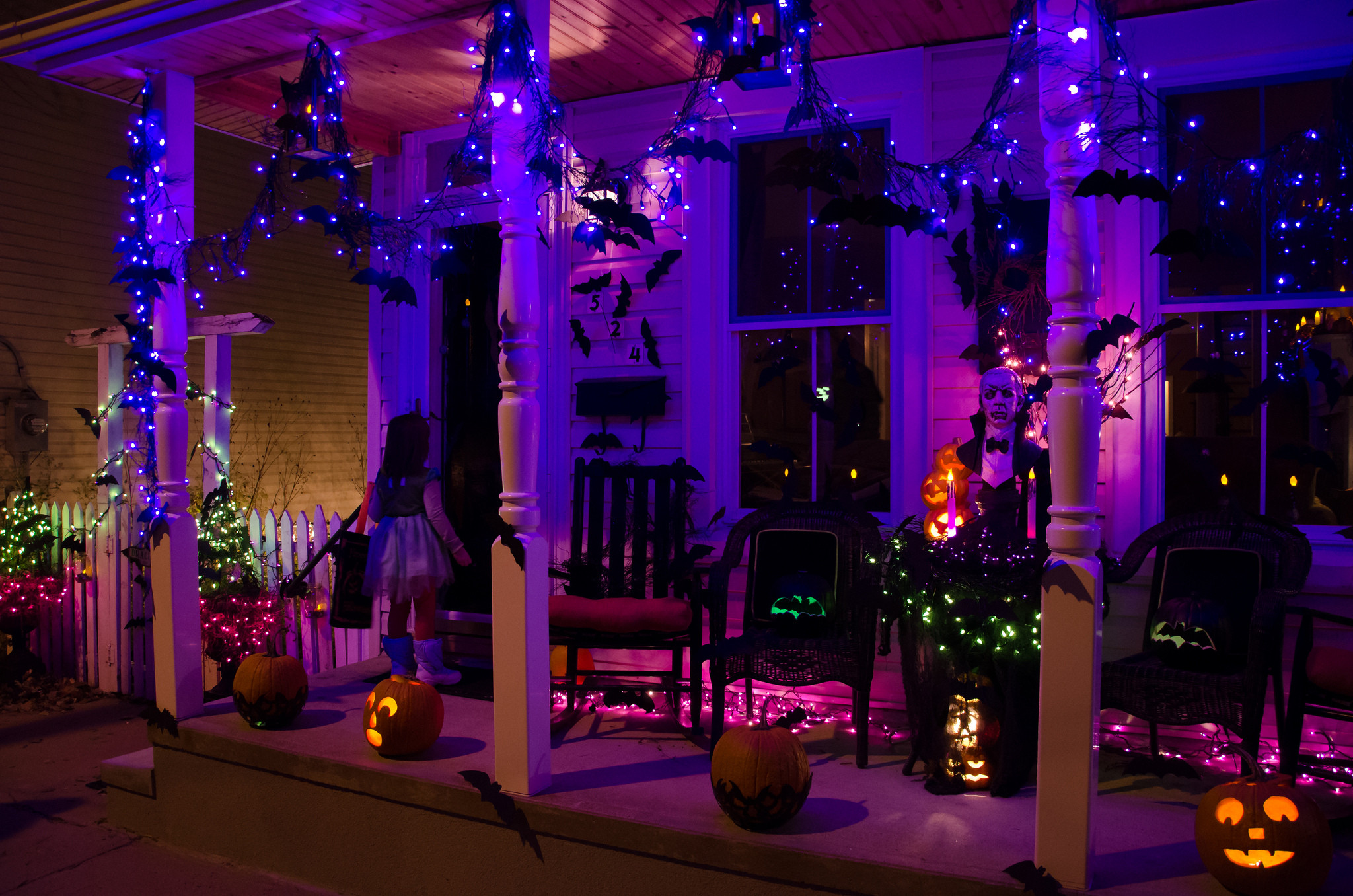 Halloween Porch Light  plete List of Halloween Decorations Ideas In Your Home
