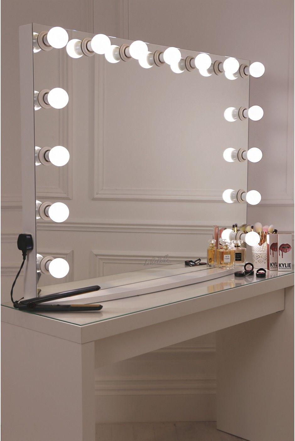 Hollywood Vanity Mirror DIY  17 DIY Vanity Mirror Ideas to Make Your Room More