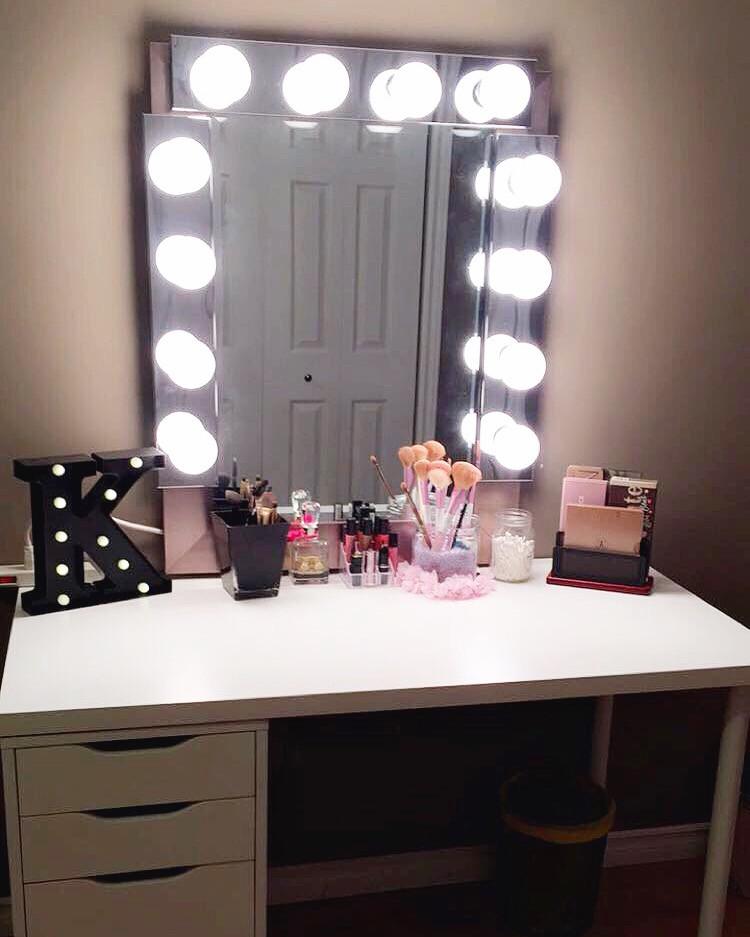 """Hollywood Vanity Mirror DIY  DIY """"Hollywood Style"""" Vanity Mirror"""