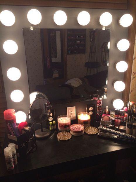 Hollywood Vanity Mirror DIY  Best 20 Old hollywood vanity ideas on Pinterest