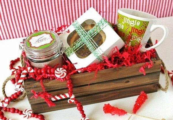 Home Made Christmas Gift Basket Ideas  Christmas basket ideas – the perfect t for family and