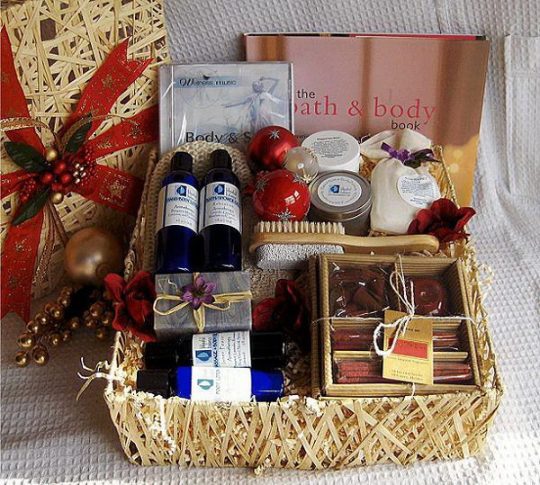 Home Made Christmas Gift Basket Ideas  35 Creative DIY Gift Basket Ideas for This Holiday Hative