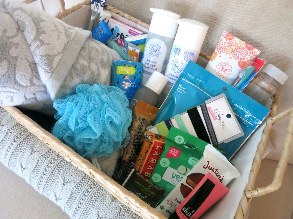 Houseguest Thank You Gift Ideas  Houseguest Wel e Basket for Visitors
