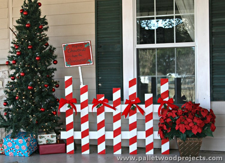 Indoor Christmas Tree Fence  Some Superb Pallet Recycling Ideas