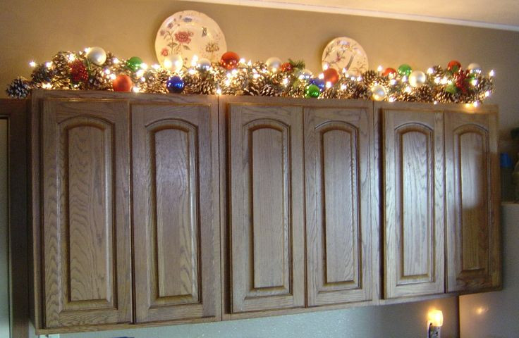 Kitchen Cabinet Christmas Decorating Ideas  my kitchen cabinets