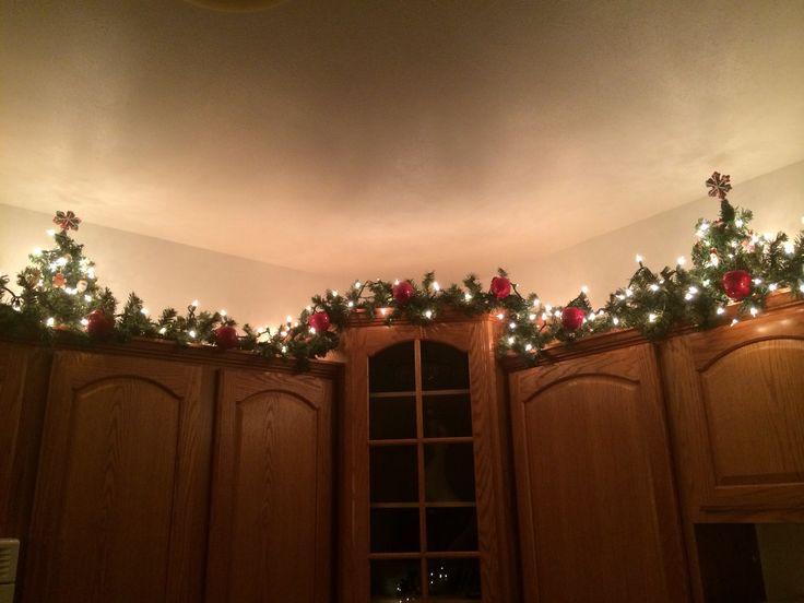 Kitchen Cabinet Christmas Decorating Ideas  25 best ideas about Apple kitchen decor on Pinterest