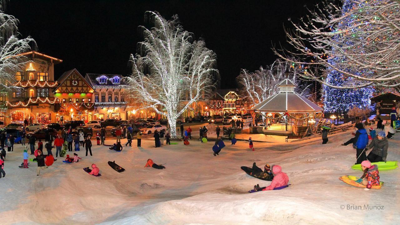 Leavenworth Christmas Tree Lighting  Christmas Lighting Festival at Leavenworth WA in
