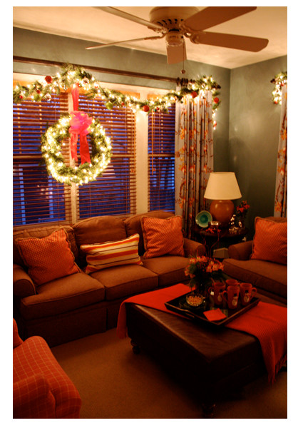 Lighted Christmas Decorations Indoor  Christmas Decorating Ideas