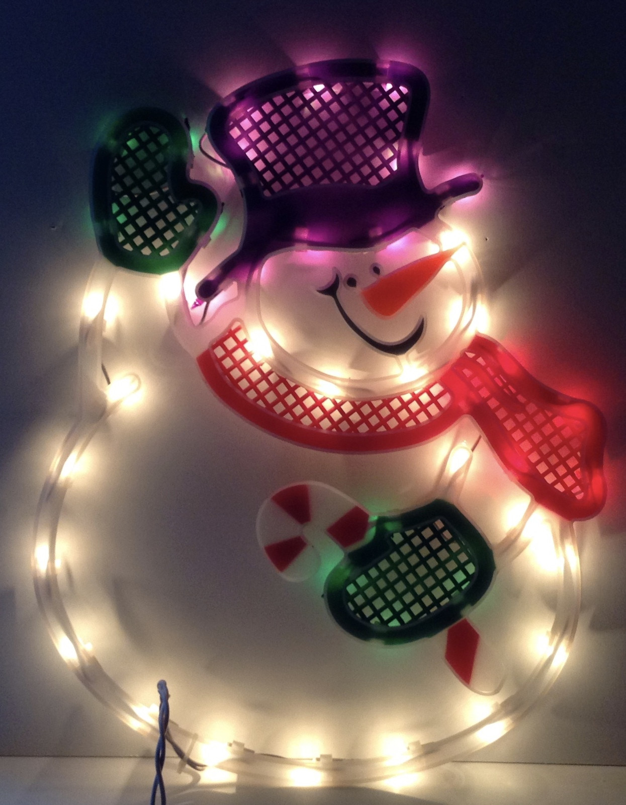 Lighted Christmas Decorations Indoor  Christmas WAVING SNOWMAN Lighted Window Decoration Indoor