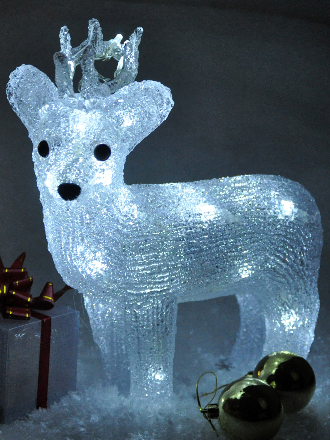 Lighted Christmas Decorations Indoor  Light Up Reindeer Acrylic Crystal Effect Christmas
