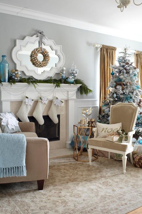 Living Room Christmas Decorations  55 Dreamy Christmas Living Room Décor Ideas DigsDigs