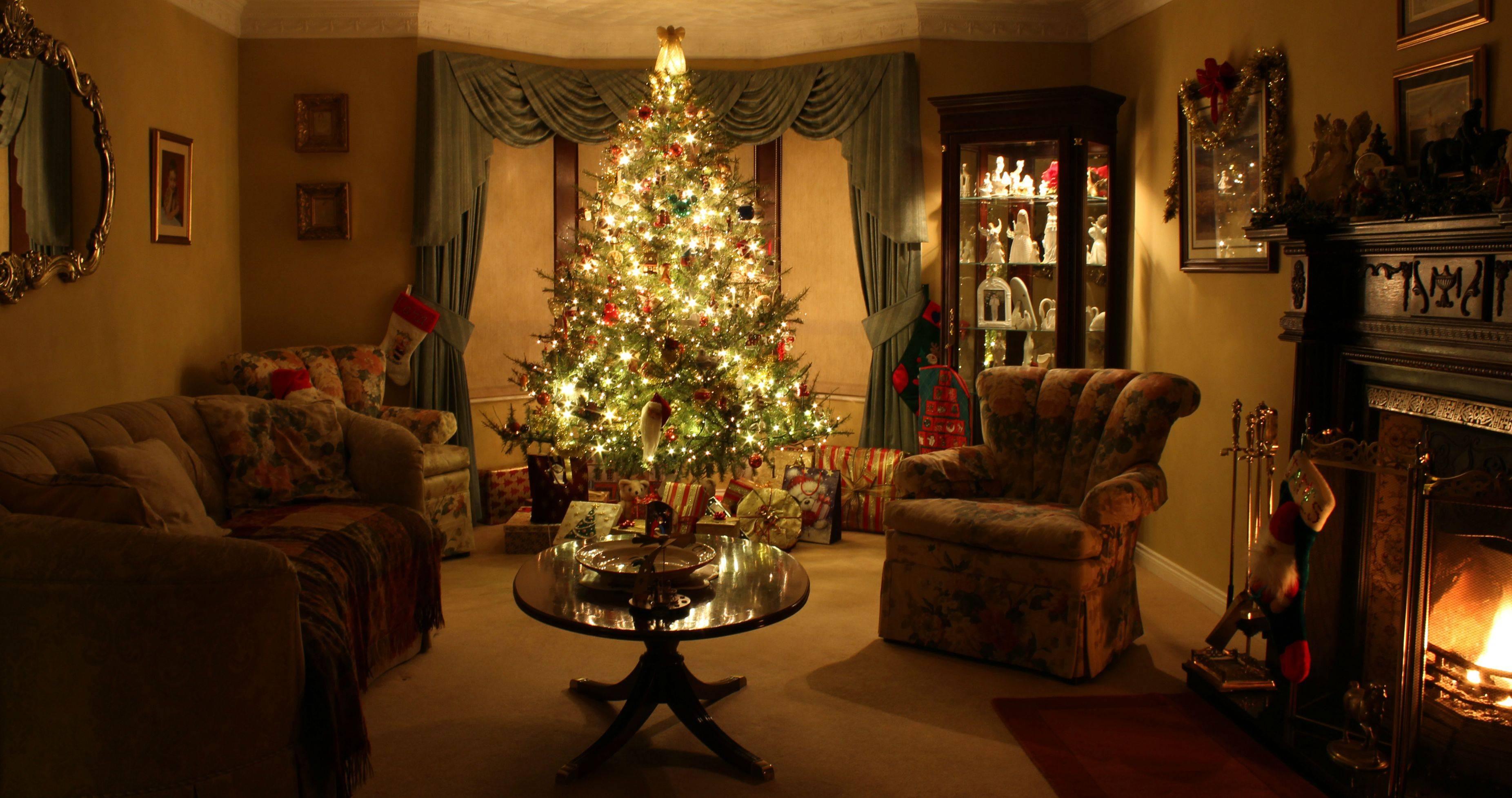 Living Room Christmas  I think my living room oozes Christmas If I say so myself