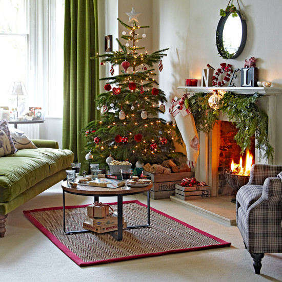 Living Room Christmas  Classic green and red living room with tree