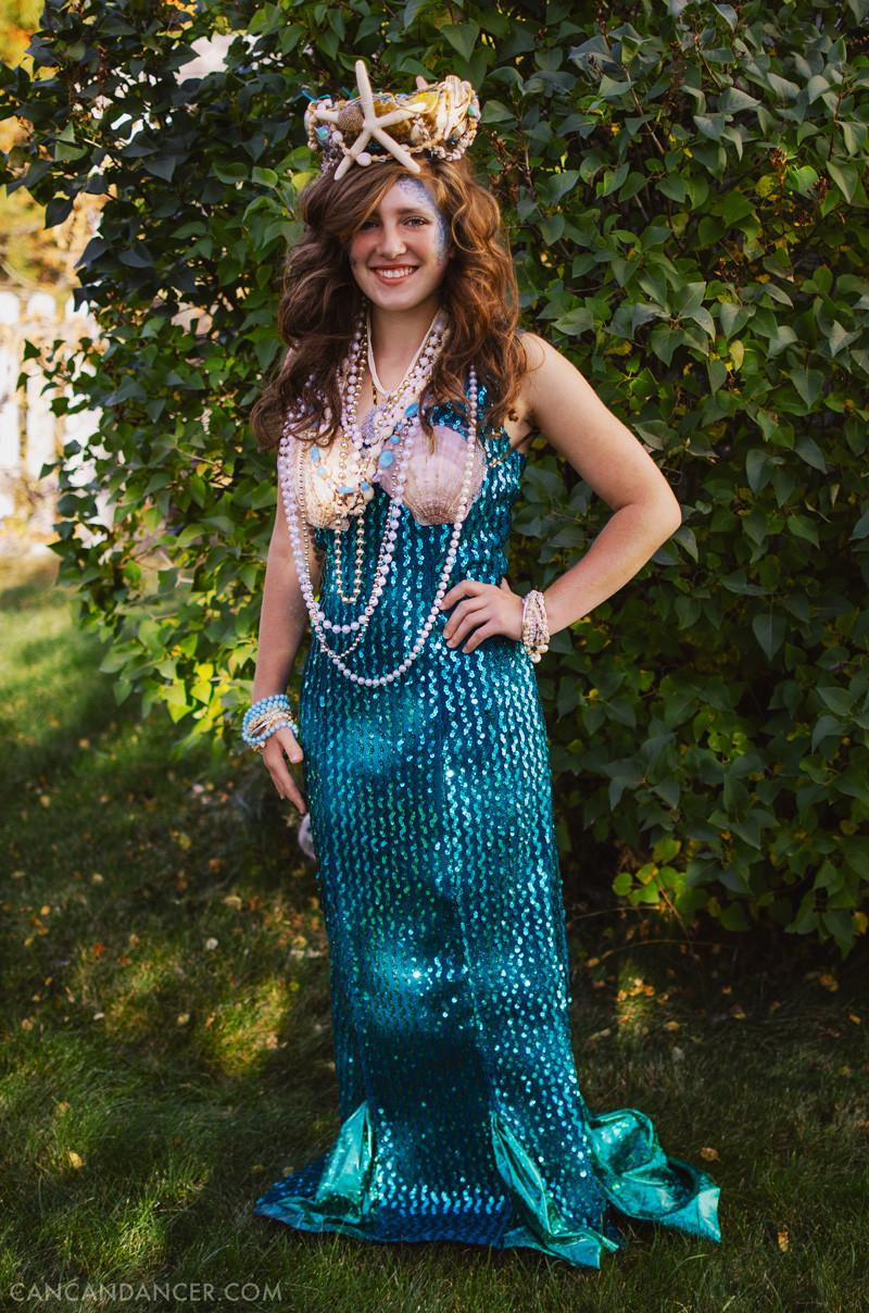 Mermaid Costume DIY  DIY Halloween Costume 2 – Mermaid